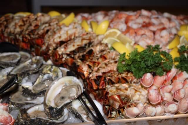 seafood platter catered buffet